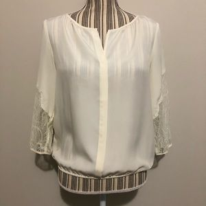 *NWT* Ann Taylor Petites Lace Sleeve Blouse